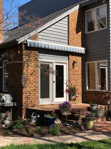 residential-porch-awning-retracted