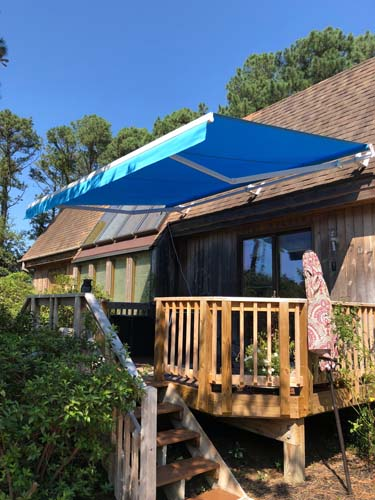 residential-retractable-awning-huffman2