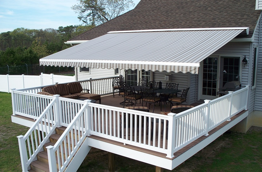residential-retractable-awning